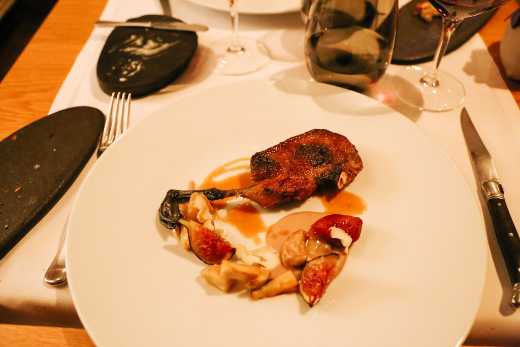 Roasted breast and leg of Scottish grouse, smoked potato purée, blackcurrant, foie gras, juniper