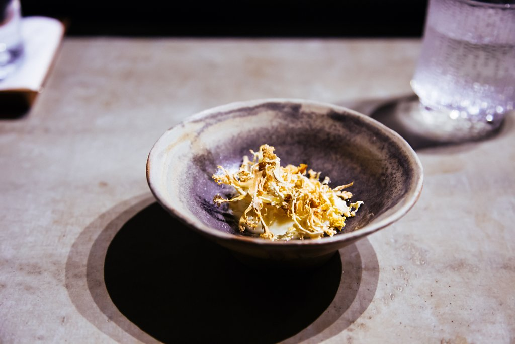 Cauliflower, white chocolate, coffee oil